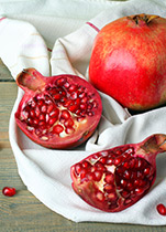 PipingRock 100% Pure Pomegranate Seed Oil Cold-Pressed & Hexane-Free